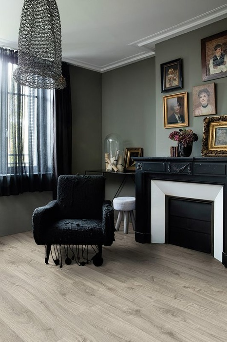 quick step livyn pulse click herbsteiche warmes grau laminat. Black Bedroom Furniture Sets. Home Design Ideas