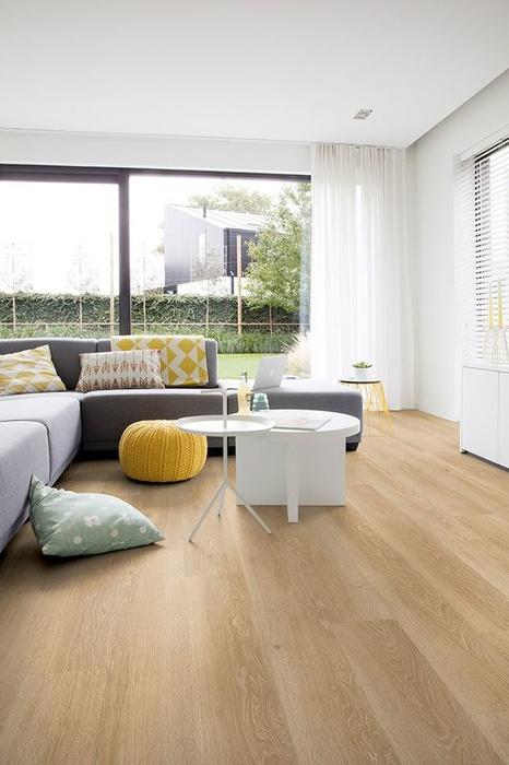 quick step livyn pulse glue eiche meeresbrise natur laminat. Black Bedroom Furniture Sets. Home Design Ideas